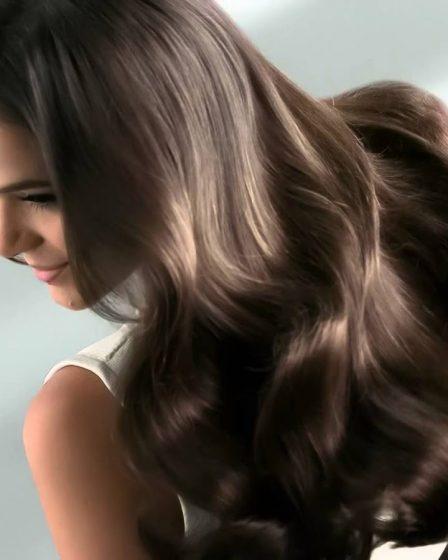 Seu cabelo cresceu na quarentena? Saiba como cuidar dos fios longos