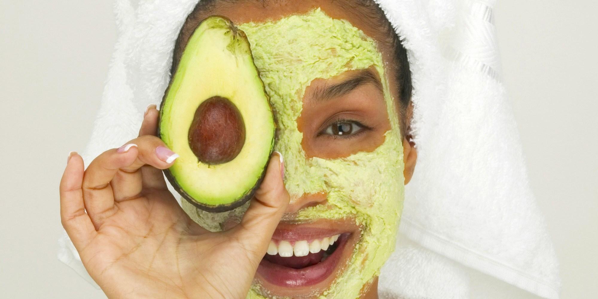 Máscara faciais à base de frutas que você precisa conhecer