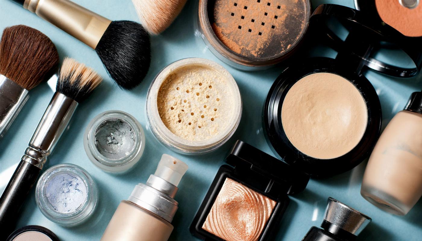 Os melhores produtos de beleza de 2020, segundo maquiadores e cabeleireiros