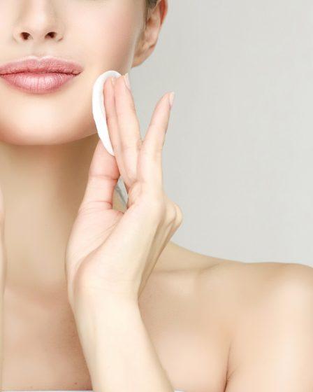 Como controlar a oleosidade da pele