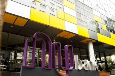 Nubank planeja contratar 3.300 mulheres para ter igualdade na liderança