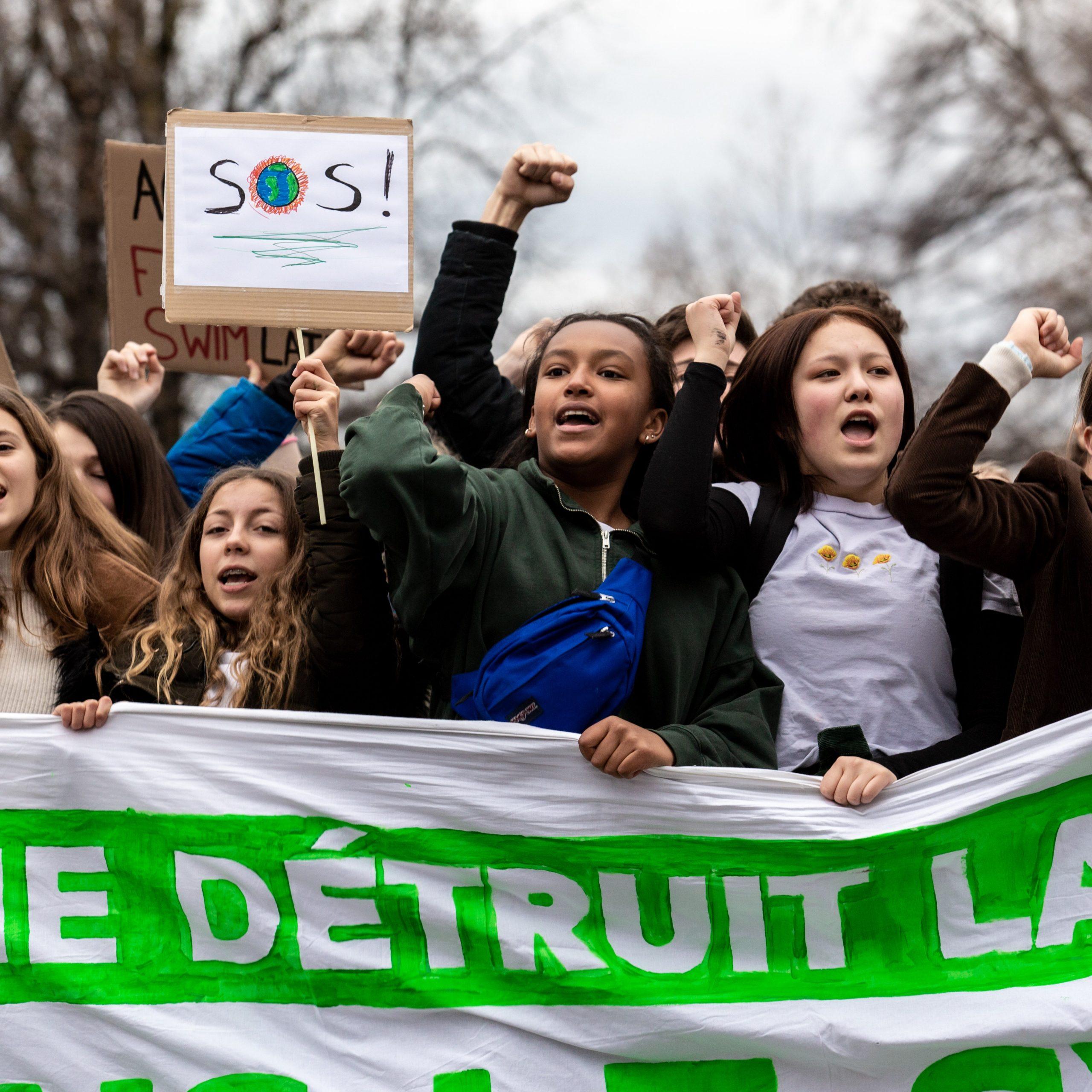 As mulheres são cruciais para enfrentar a crise climática - aqui está o porquê