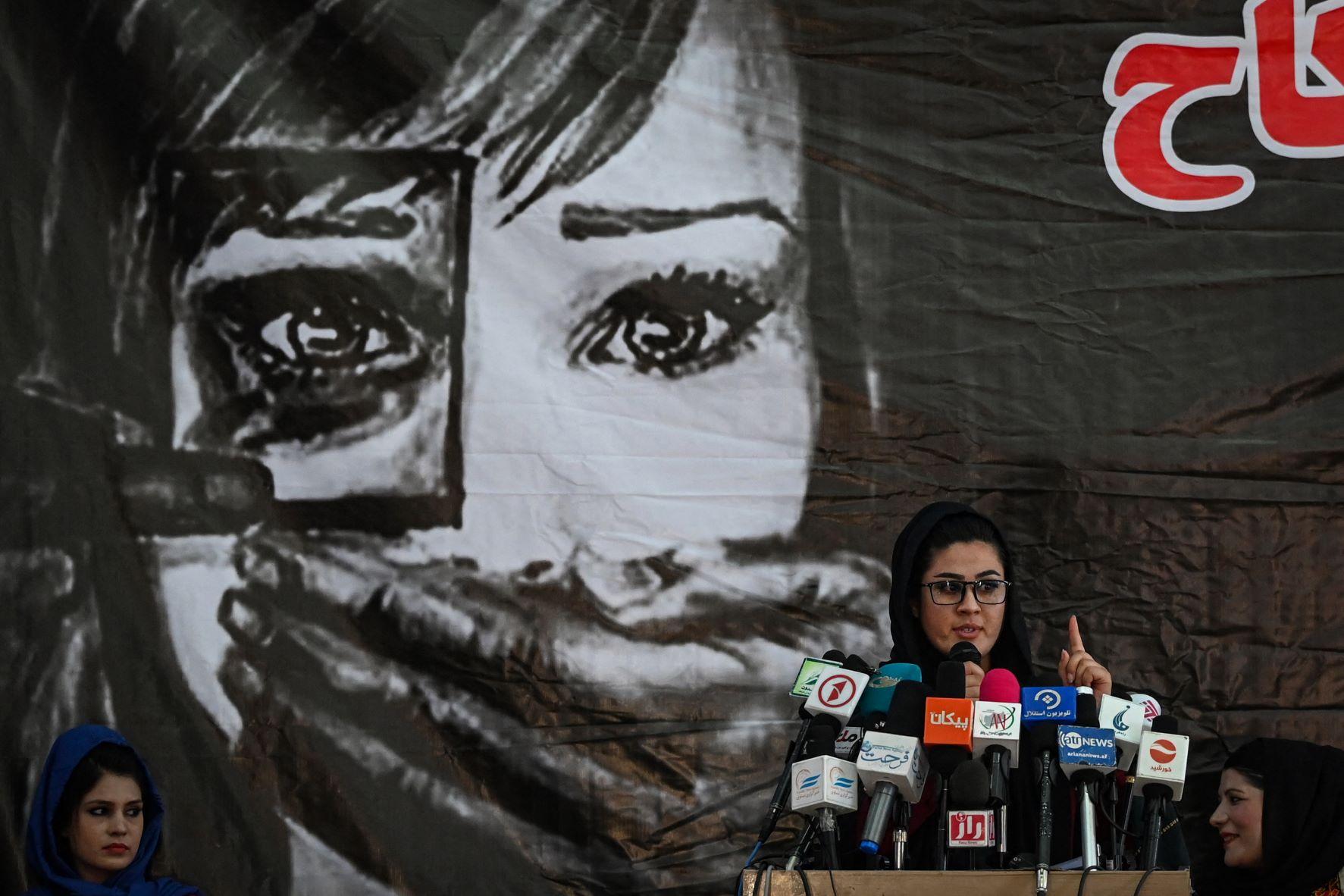 Volta do Talibã significa retrocesso de 20 anos para mulheres no Afeganistão